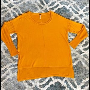 Poof! Scoop Neck Sweater Mustard Size Small